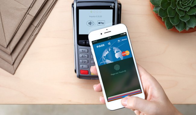 Apple Pay al debutto in Italia: lo smartphone si trasforma in un borsellino elettronico