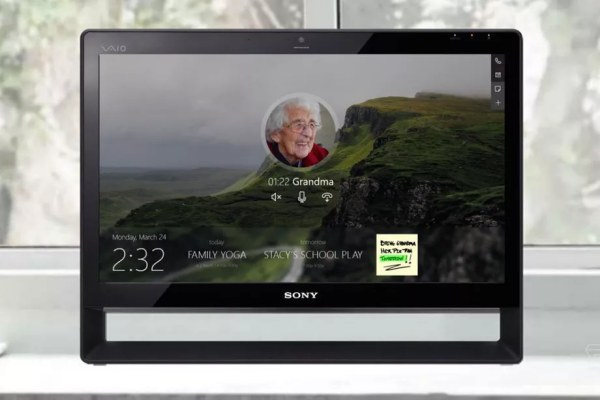 HomeHub per Windows 10 sarà la risposta di Microsoft ad Amazon Echo