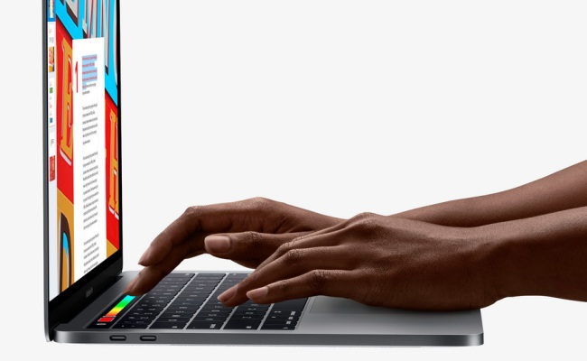 MacBook Pro: Touch Bar e lettore di impronte digitali